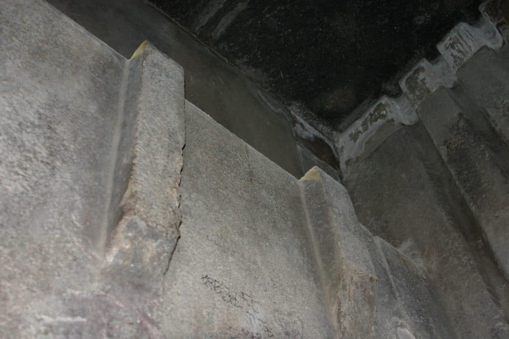 BATISSEURS-DE-ANCIEN-MONDE-GIZEH-PYRAMIDE_ANTICH2-1024x683