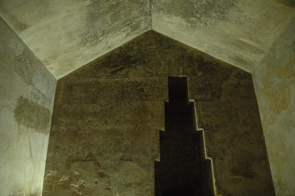 BATISSEURS-DE-ANCIEN-MONDE-GIZEH-PYRAMIDE_CHBREMED-1024×681