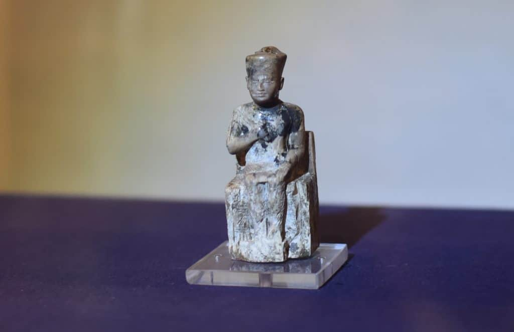 BATISSEURS-DE-ANCIEN-MONDE-GIZEH-PYRAMIDE_STATKHEOP-1024x662