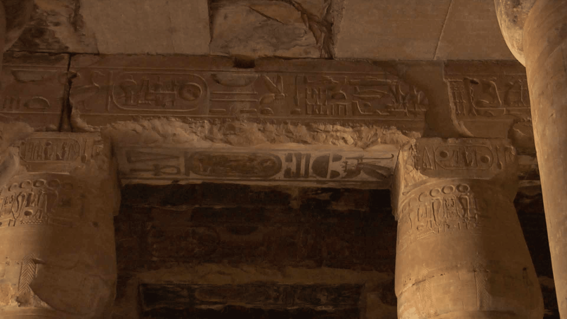 ABYDOS_HELICOPTERE_FRESQUE