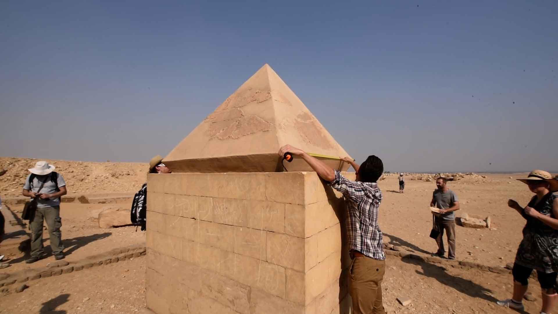 pyramidion1